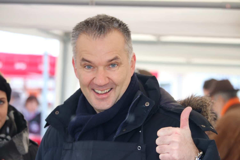 Der alte und neue Bürgermeister der Stadt Usingen Steffen Wernard über den PR Berater Dirk Rabis