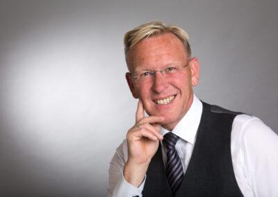 Dirk Rabis: DER PR-BERATER Pressefoto / Portrait 2017-01