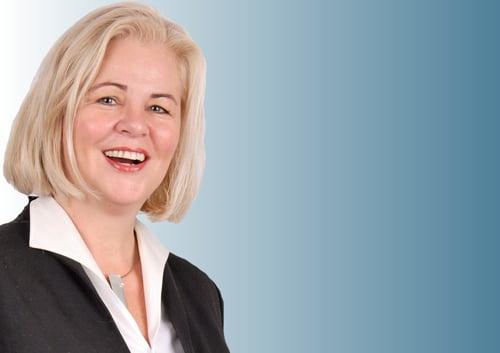 Frau Dr. Anette Hartung